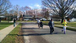 Coming around mile 2 before leaving Hailey with Grandma.